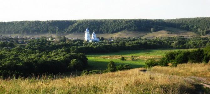 Храм в селе Ахматовка