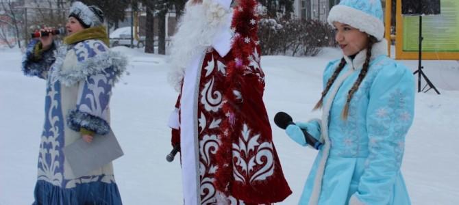 На Центральной площади Никольска прошло театрализованное представление «Рождественские колядки»