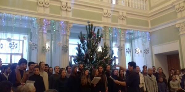 В Никольском бизнес-инкубаторе состоялось музыкальное театрализованное представление «Квантовое Рождество»