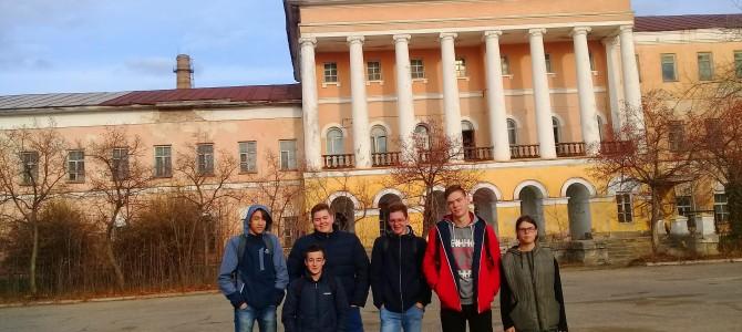 История заводской площади для студентов колледжа им. А. Д. Оболенского.