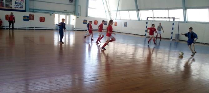 19 апреля физкультурно-оздоровительном комплексе «Олимп» Детско-юношеской спортивной школы Никольского района прошёл муниципальный этап Всероссийских соревнований по мини-футболу «Кожаный мяч»