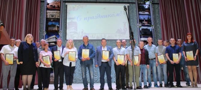 В городе Никольск прошли праздничные мероприятия, посвященные 255-летию стеклоделия в Никольском районе