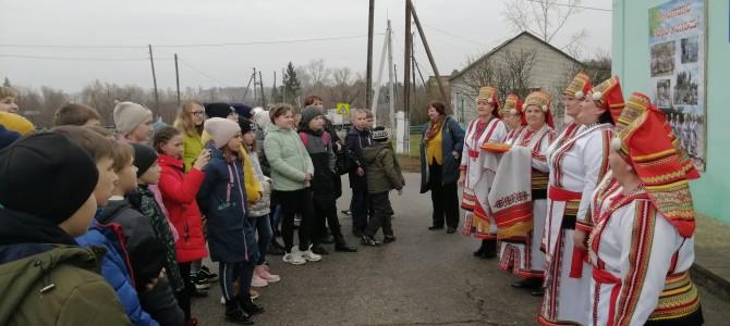 Село Карамалы посетили школьники из села Кижеватово