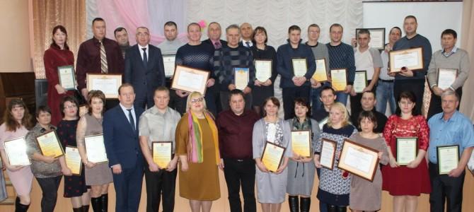 В городе Никольске прошел праздничный вечер, посвященный Дню работника стекольной промышленности